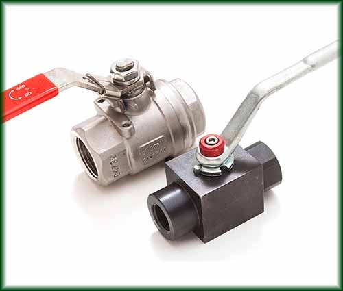 Two different Ball Valves in Carbon Steel and Stainless Steel.